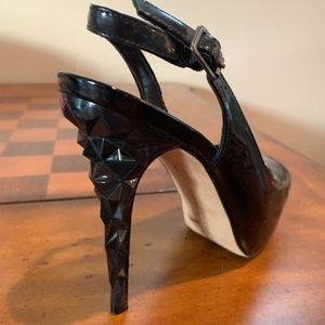 Vince Camuto Shoes - Vince Camuto Black Patent Leather Sling Back S 5.5